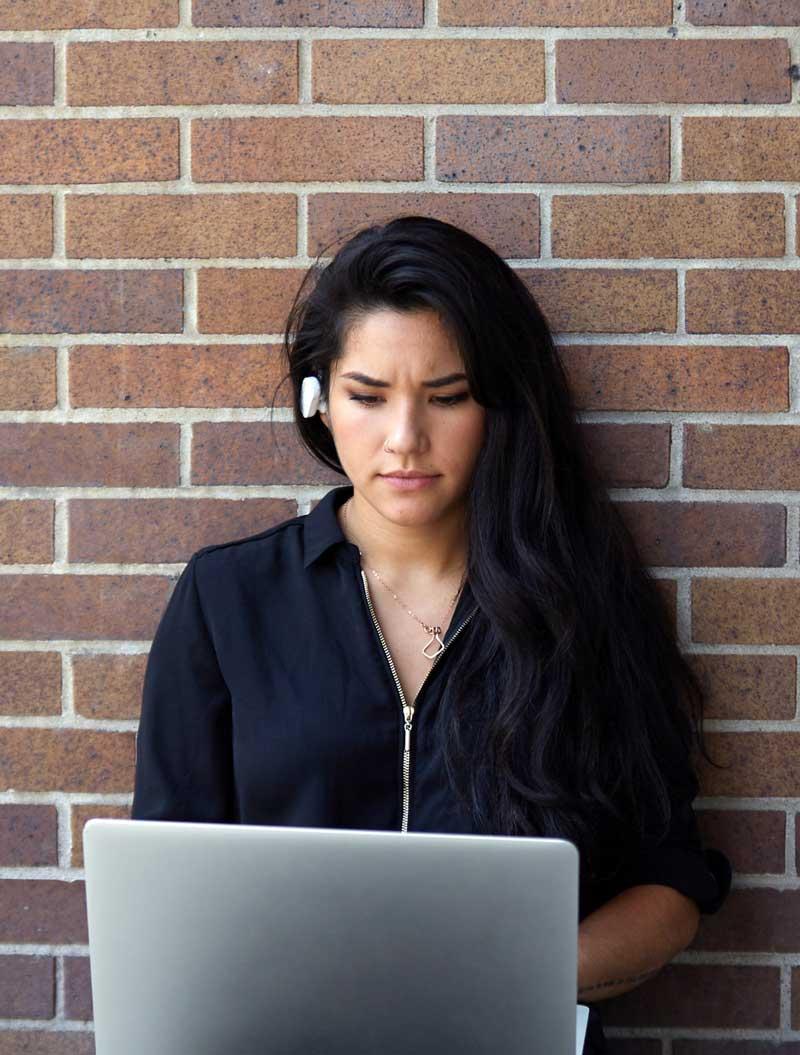 woman developer brain mn8 hardware emotiv buds measuring